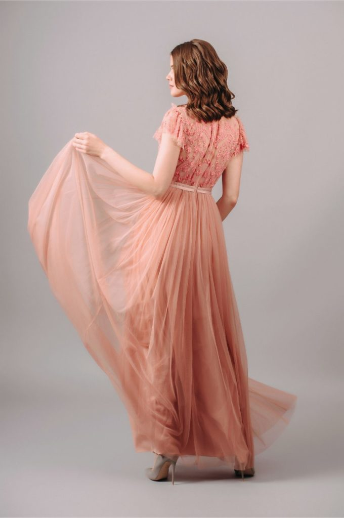 Rent Needle and Thread Short Sleeve Embroidered Maxi Dress